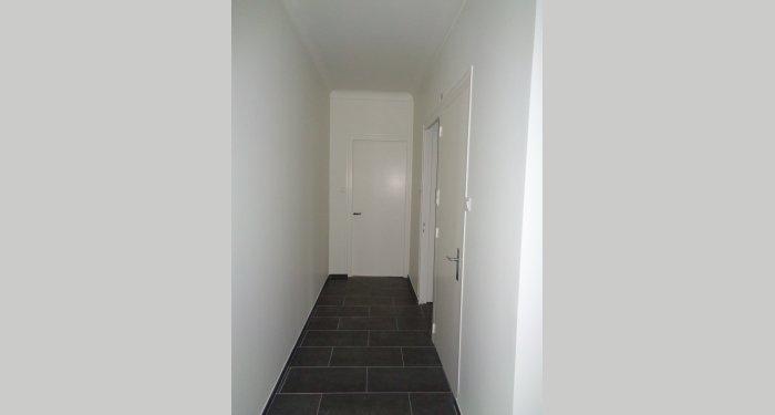 Peinture d'un couloir